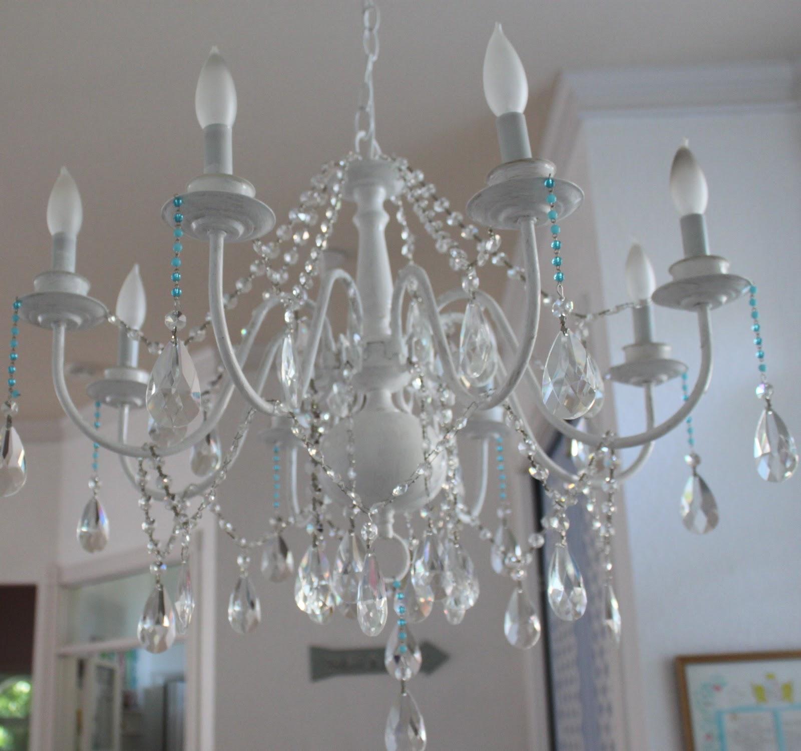 chandelier the mamanista. Black Bedroom Furniture Sets. Home Design Ideas