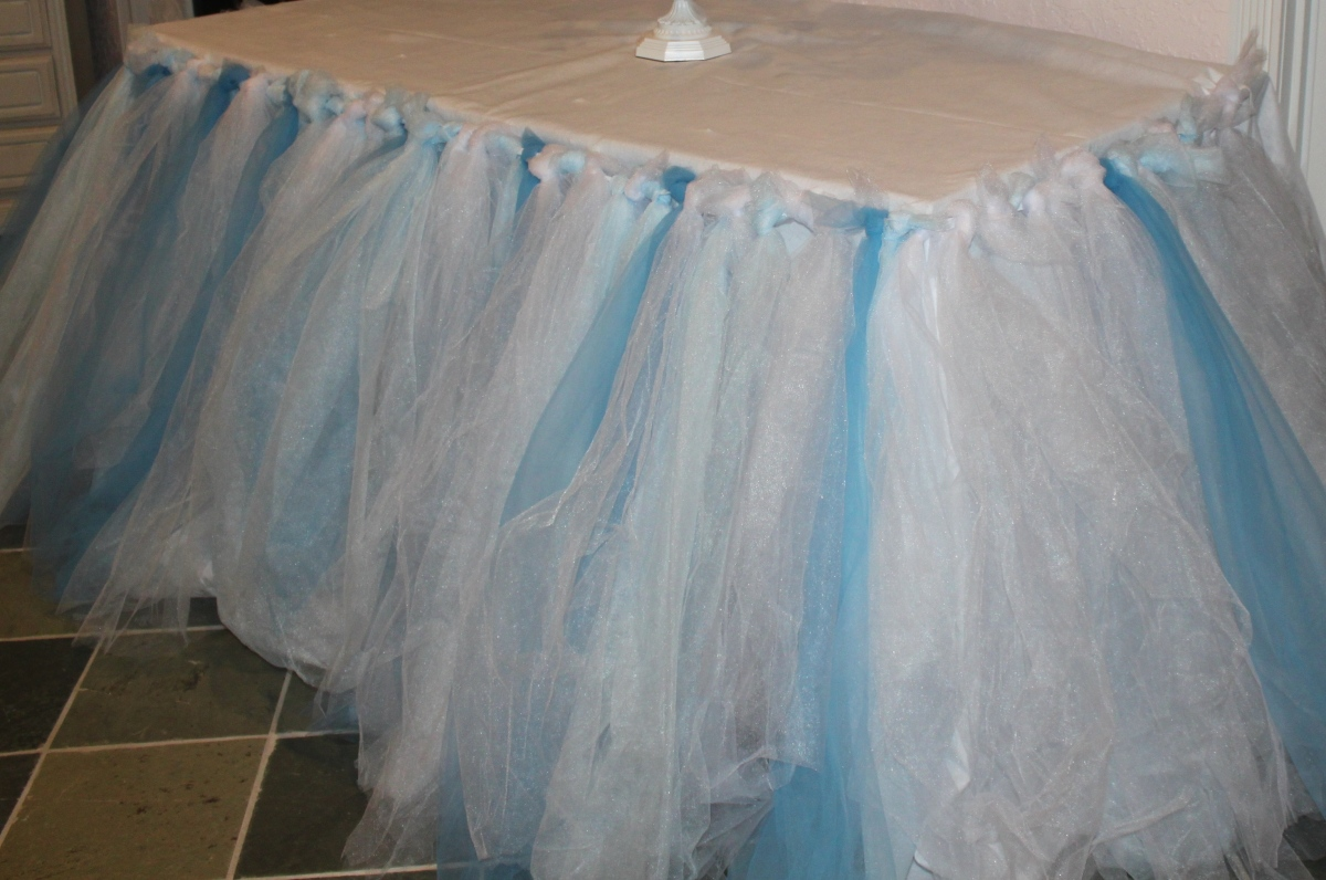 No Sew Tulle Table Skirt The Mamanista